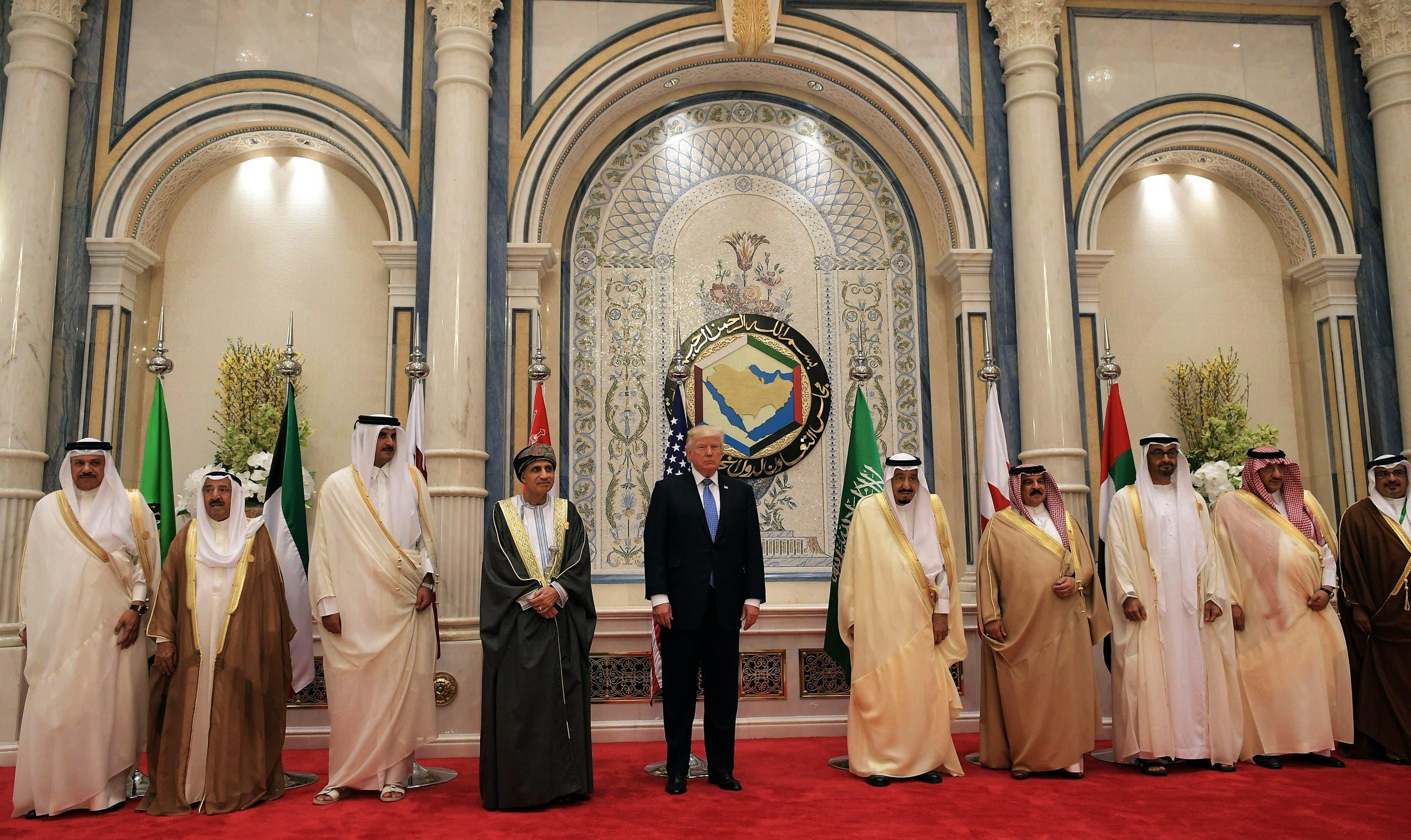 صورة تذكارية تجمع ترمب وقادة الخليج