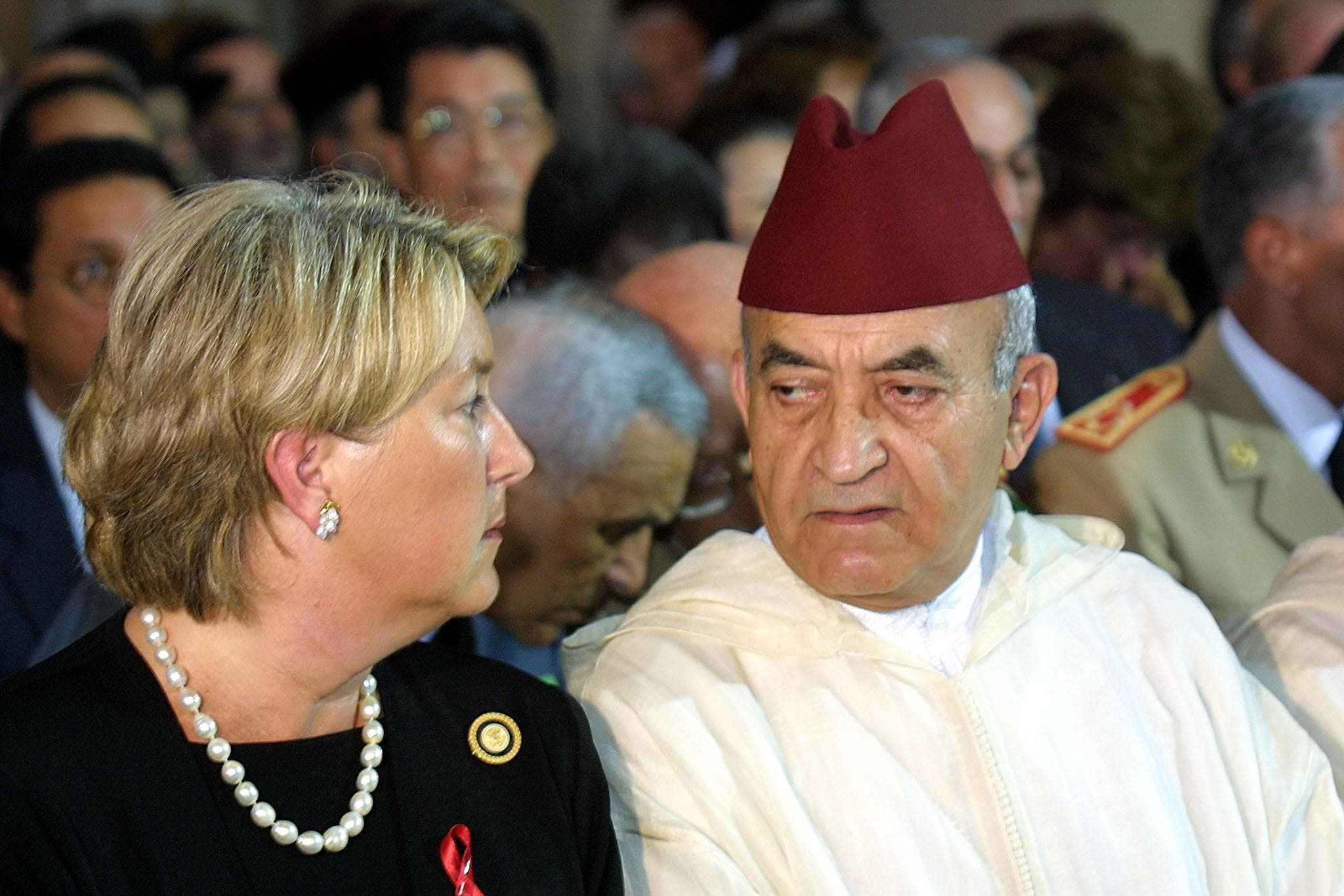 Moroccan Prime Minister Abderrahmane Youssoufi and US ambassador to Morocco Margaret Tutwiler attend an ecumenical service bringing together Morocco's Muslims, Jews and Christians 16 September 2001 at the cathedral of Rabat in memory of the victims of the 11 September attack in US. (AFP)