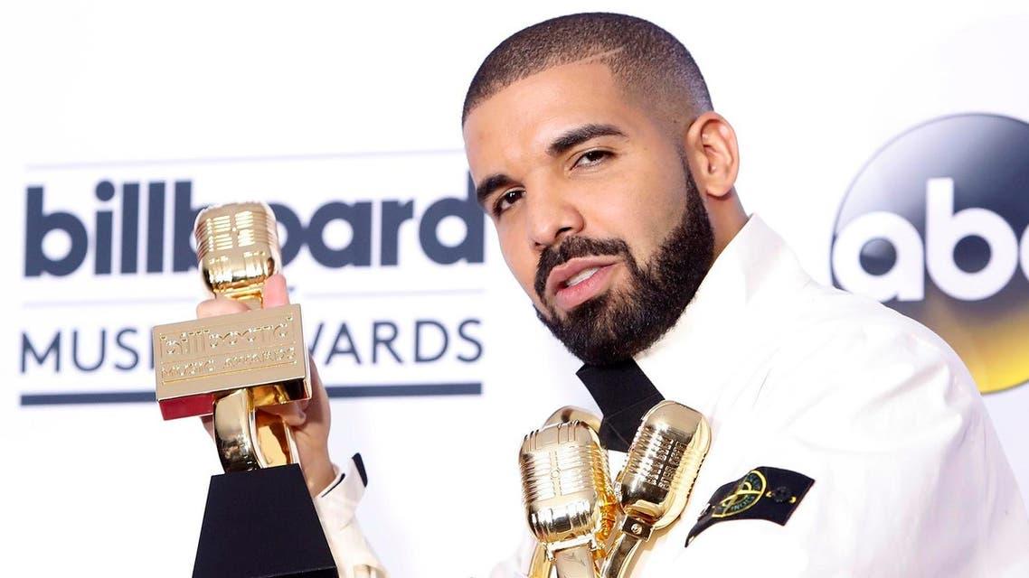 2017 Billboard Music Awards – Photo Room - Las Vegas, Nevada, US, 21/05/2017 - Drake with his many awards. (Reuters)