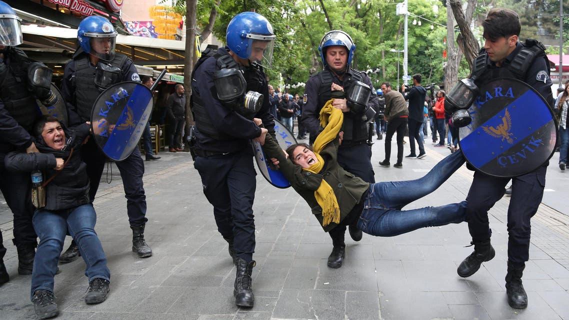 الشرطة التركية - محتجين