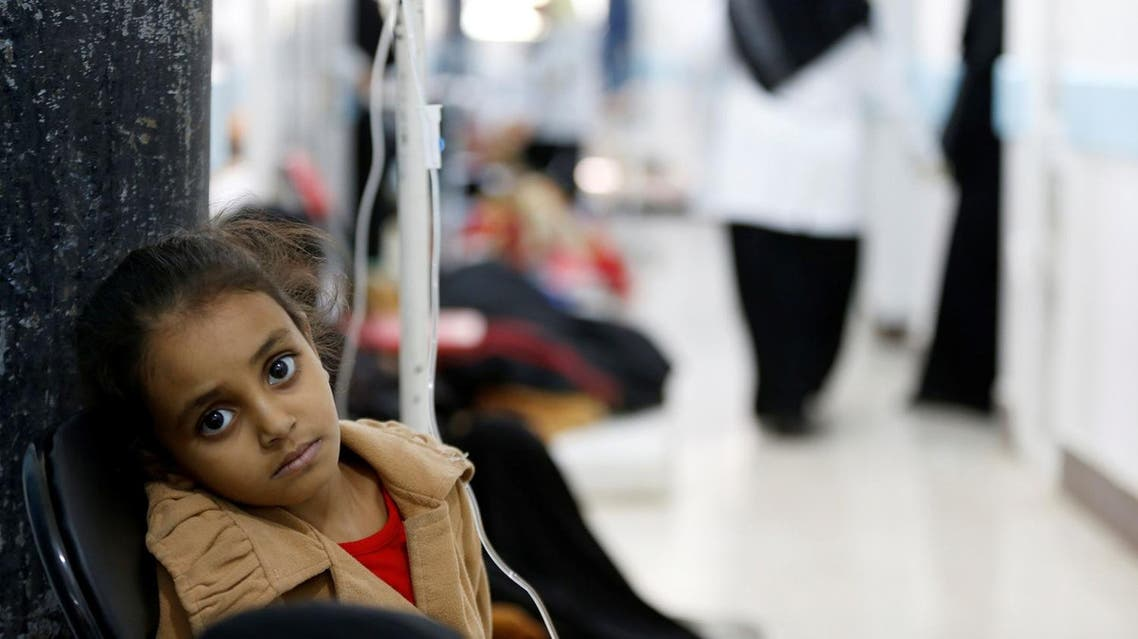 A girl infected with cholera sits on a chair at a hospital in Sanaa, Yemen May 7, 2017. Picture taken May 7, 2017. (Reuters)