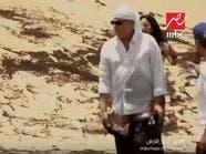 فيديو.. محمود حميدة يخلع بنطلونه بسبب رامز جلال