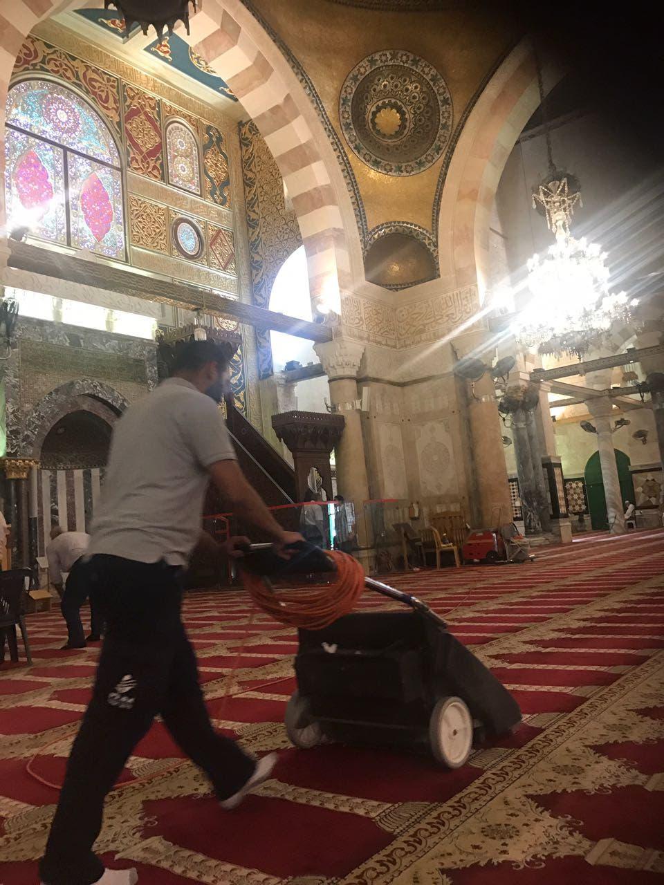 الاستعدادات في المسجد الأقصى تحضيراً لرمضان
