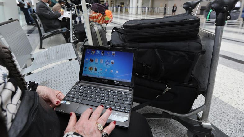 United State weighs banning laptop computers on international flights