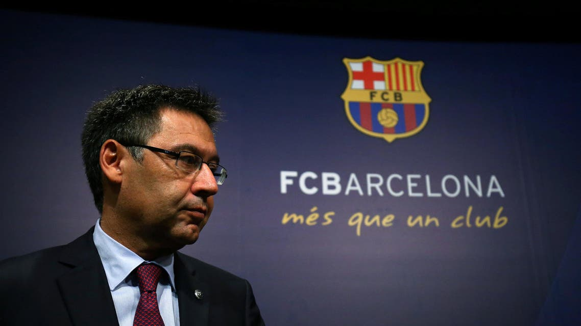 Barcelona President Josep Maria Bartomeu attends a news conference announcing Ernesto Valverde as new coach at Camp Nou stadium in Barcelona, Spain May 29, 2017. (Reuters)