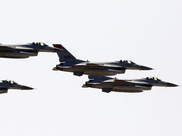 مصر تدمر 10 سيارات محملة بالأسلحة قادمة من ليبيا