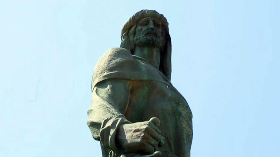 تمثال عبد الرحمن الداخل