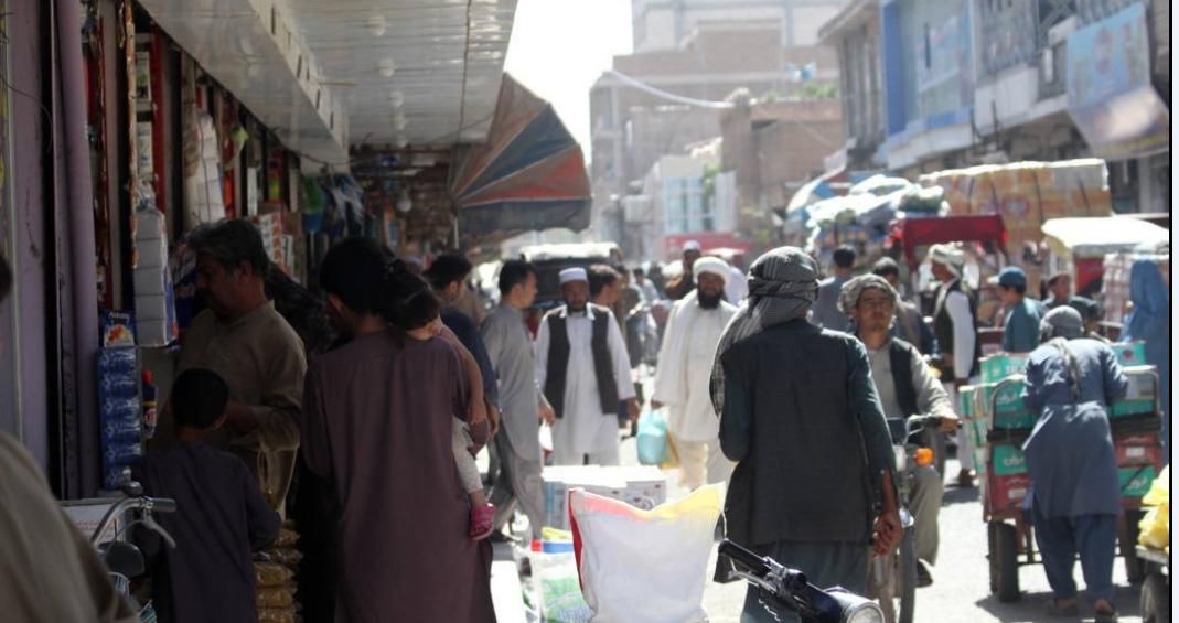 بازاری در افغانستان در ماه رمضان