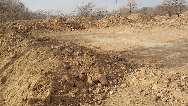 إيران.. الكشف عن مقبرة جماعية لسجناء في الأهواز 3ecbead5-3902-46e2-aee0-16b008224fdf_16x9_600x338
