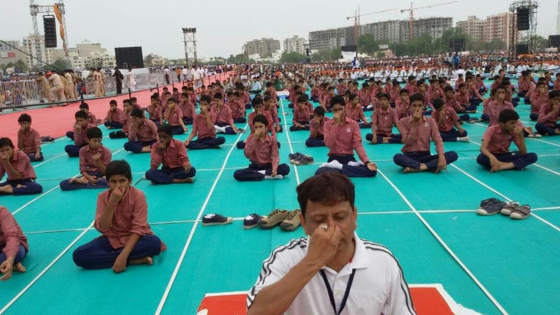 Dr. Mehboob Kureshi has been conducting free yoga workshops in Asia's largest Muslim ghetto in Ahmedabad. (Supplied)