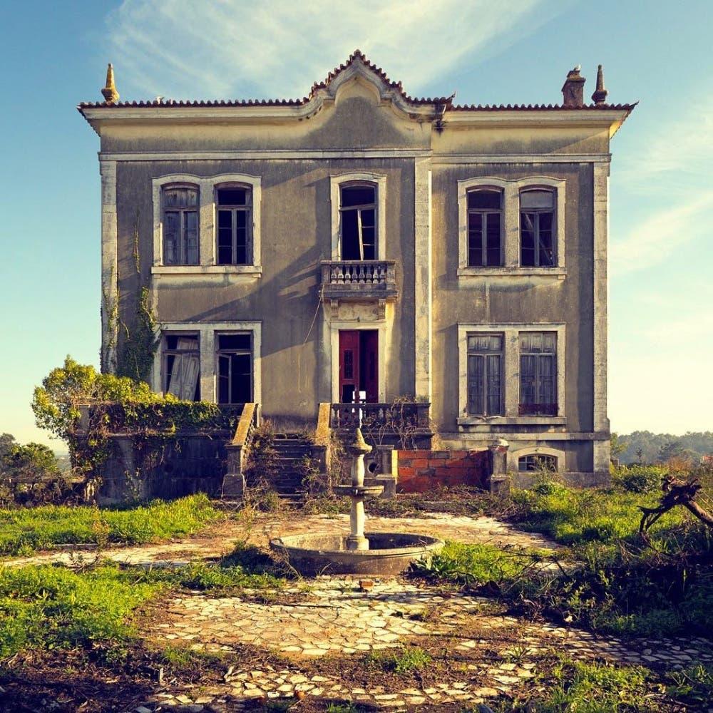 خانهای متروکه در روستا
