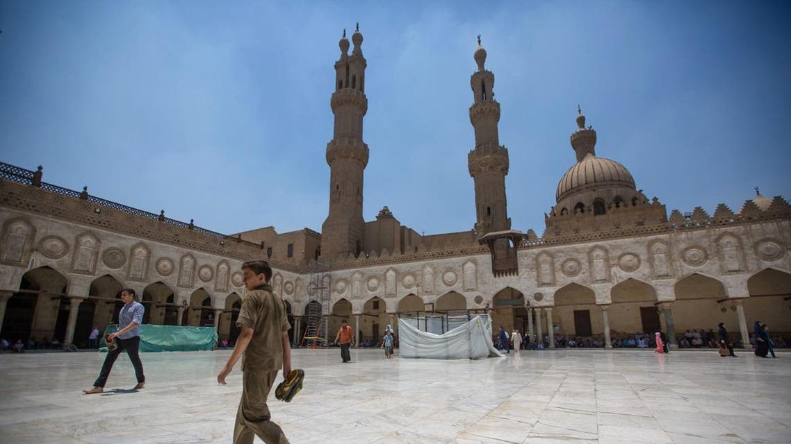 Muslim worshippers walk in the courtyard of Al-Azhar Mosque before Friday afternoon prayers, in the Islamic Cairo neighborhood after Friday noon prayers in Cairo, Egypt. (File photo: AP)