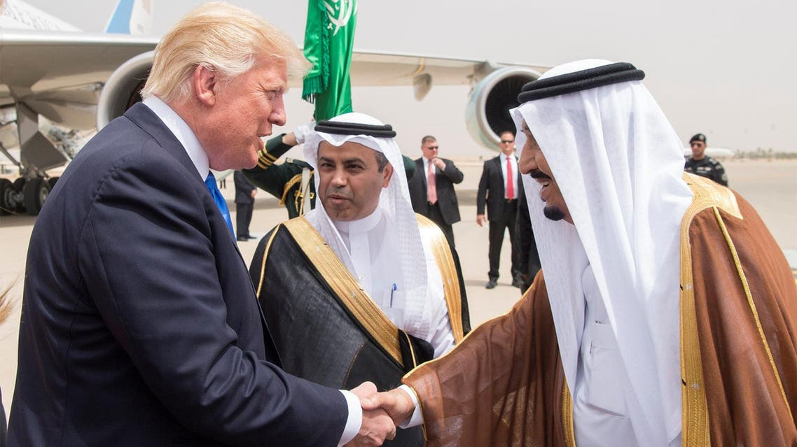 Saudi Arabia's King Salman bin Abdulaziz Al Saud shakes hands with U.S. President Donald Trump during a reception ceremony in Riyadh, Saudi Arabia, May 20, 2017. (Reuters)