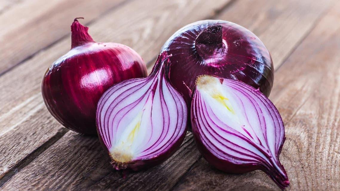 Red onion. (Shutterstock)
