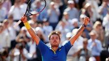Wawrinka pierces Murray's armor to reach French Open final