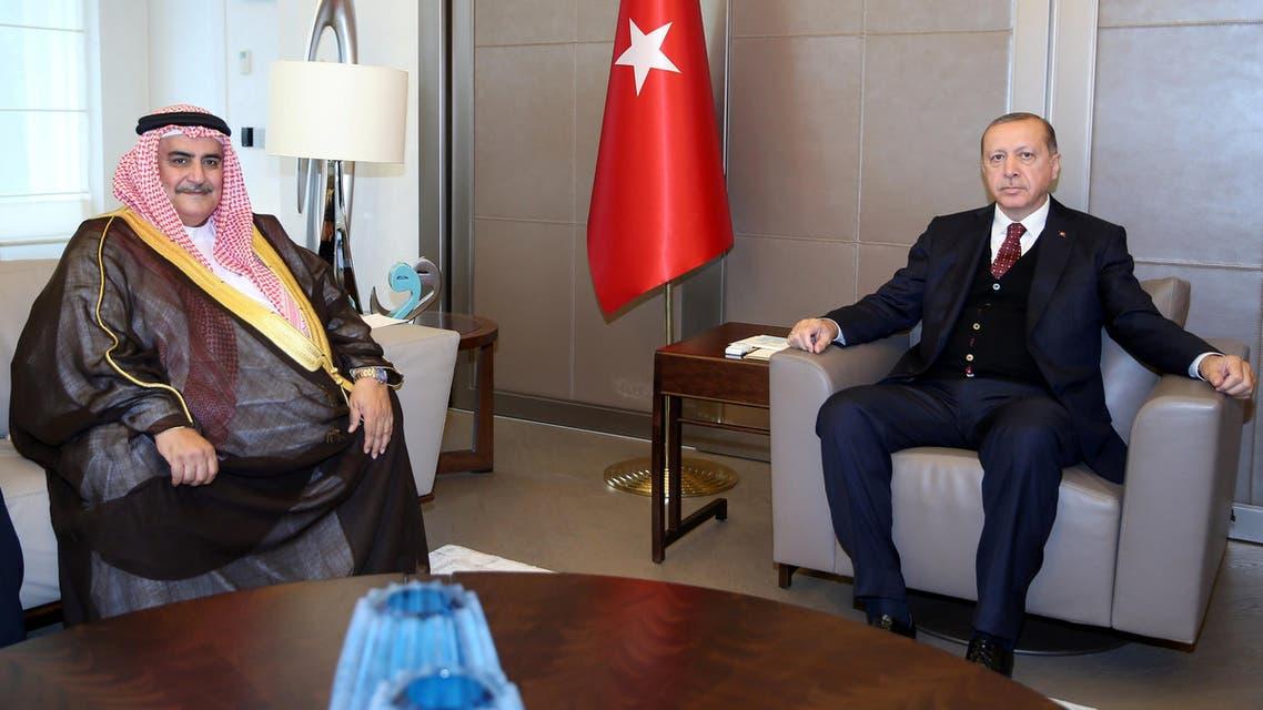 أردوغان خلال لقائه وزير الخارجية البحريني في تركيا 10-6-2017