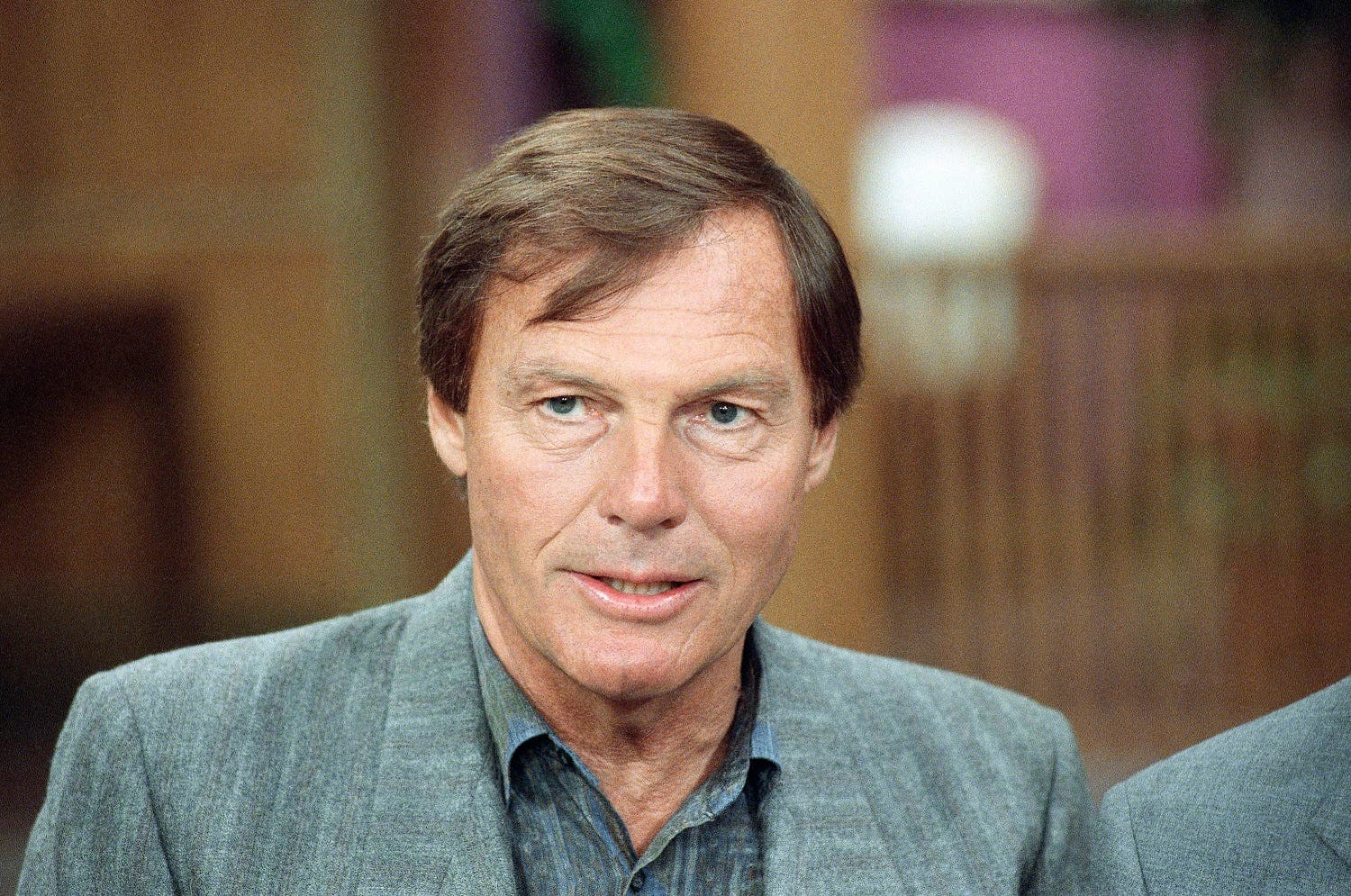 """Adam West, former star of the television show """"Batman,"""" is shown in New York, June 14, 1989. (AP Photo/Richard Drew)"""