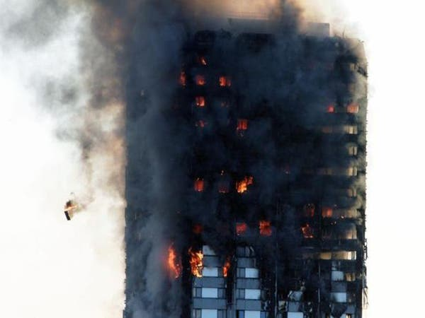 الشرطة البريطانية ترجح مقتل 79 شخصا في حريق برج لندن