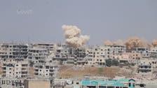 النظام السوري يكثف قصفه على درعا وسقوط مزيد من القتلى