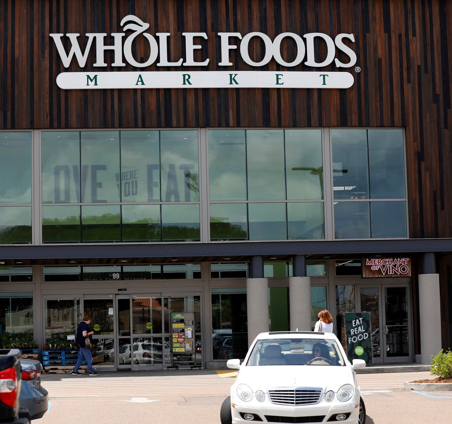 Whole Foods Curbside Grocery Store