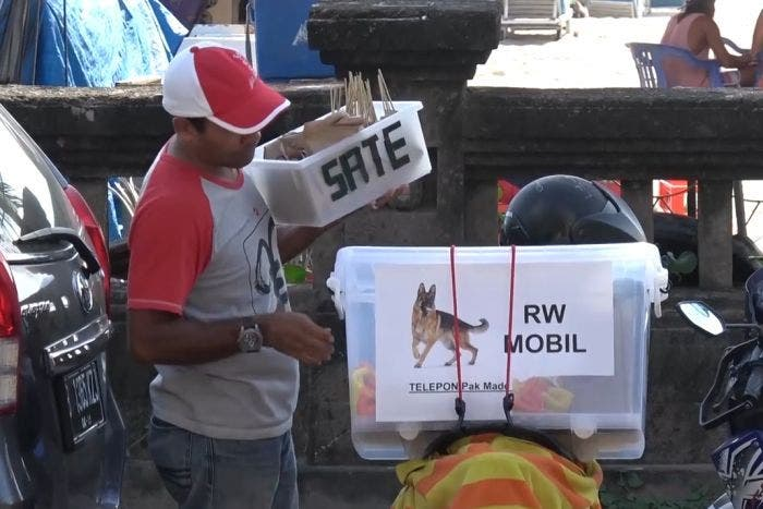 rw mobil indonesia