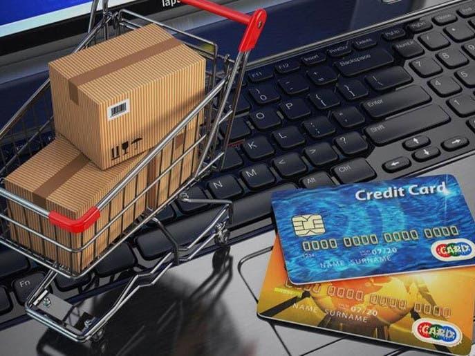 ضريبة القيمة المضافة تشمل البيع بالمتاجر الإلكترونية