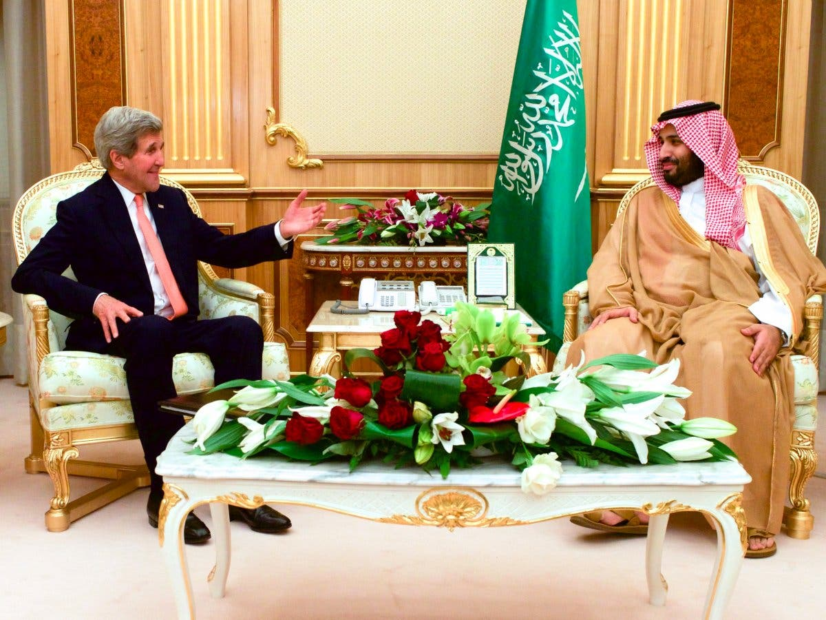 In 2015, he began meeting world leaders and diplomats, including US Secretary of State John Kerry to discuss bilateral relations. (US Department of State)