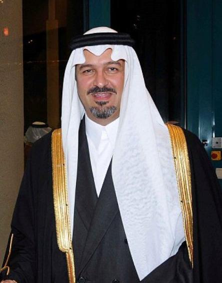 بندر بن خالد الفيصل مستشار في الديوان الملكي