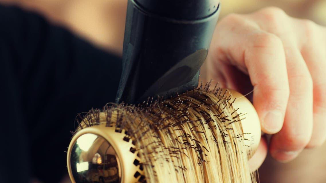 Hairstylist (shutterstock)