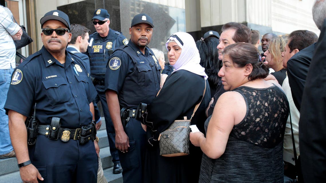 Family members of detainees line up to enter the federal court just before a hearing to consider a class-action lawsuit filed on behalf of Iraqi nationals facing deportation, in Detroit, Michigan, U.S., June 21, 2017. (Reuters)