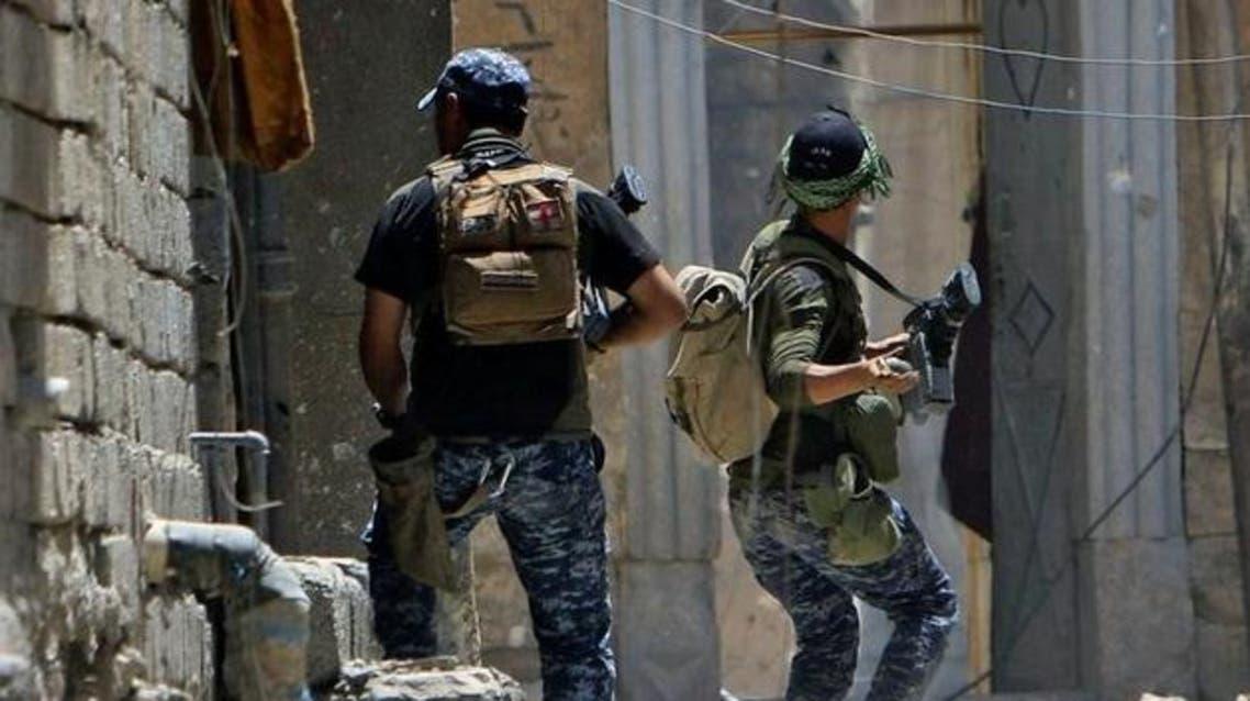 القوات العراقية تقاتل جيوب داعش في المدينة القديمة بالموصل