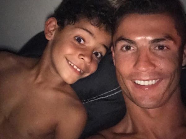 ابن رونالدو مخالف.. فيديو يفتح تحقيقاً في البرتغال