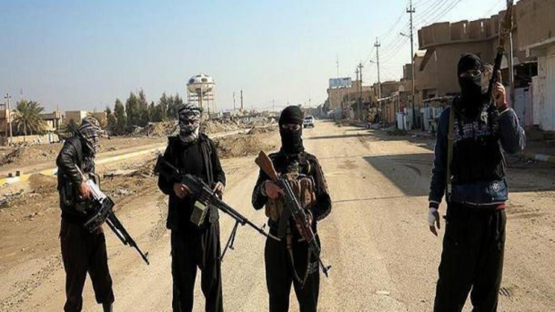 داعش 10 طالب را در جوزجان افغانستان سر برید