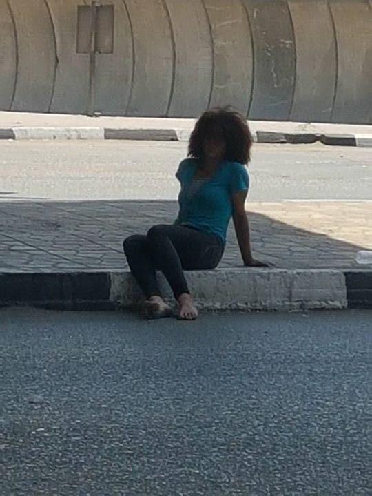 حكاية فتاة بحث المصريون عن أسرتها عبر الفيسبوك