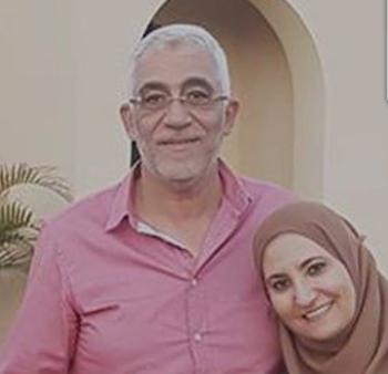 علا القرضاوي وزوجها