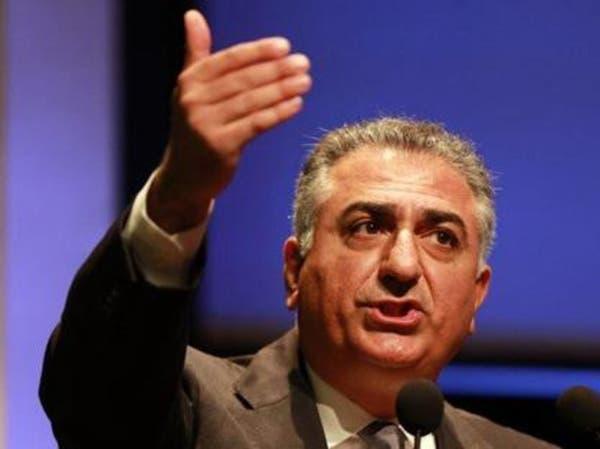 نجل شاه إيران يتهم نظام طهران بقتل محتج