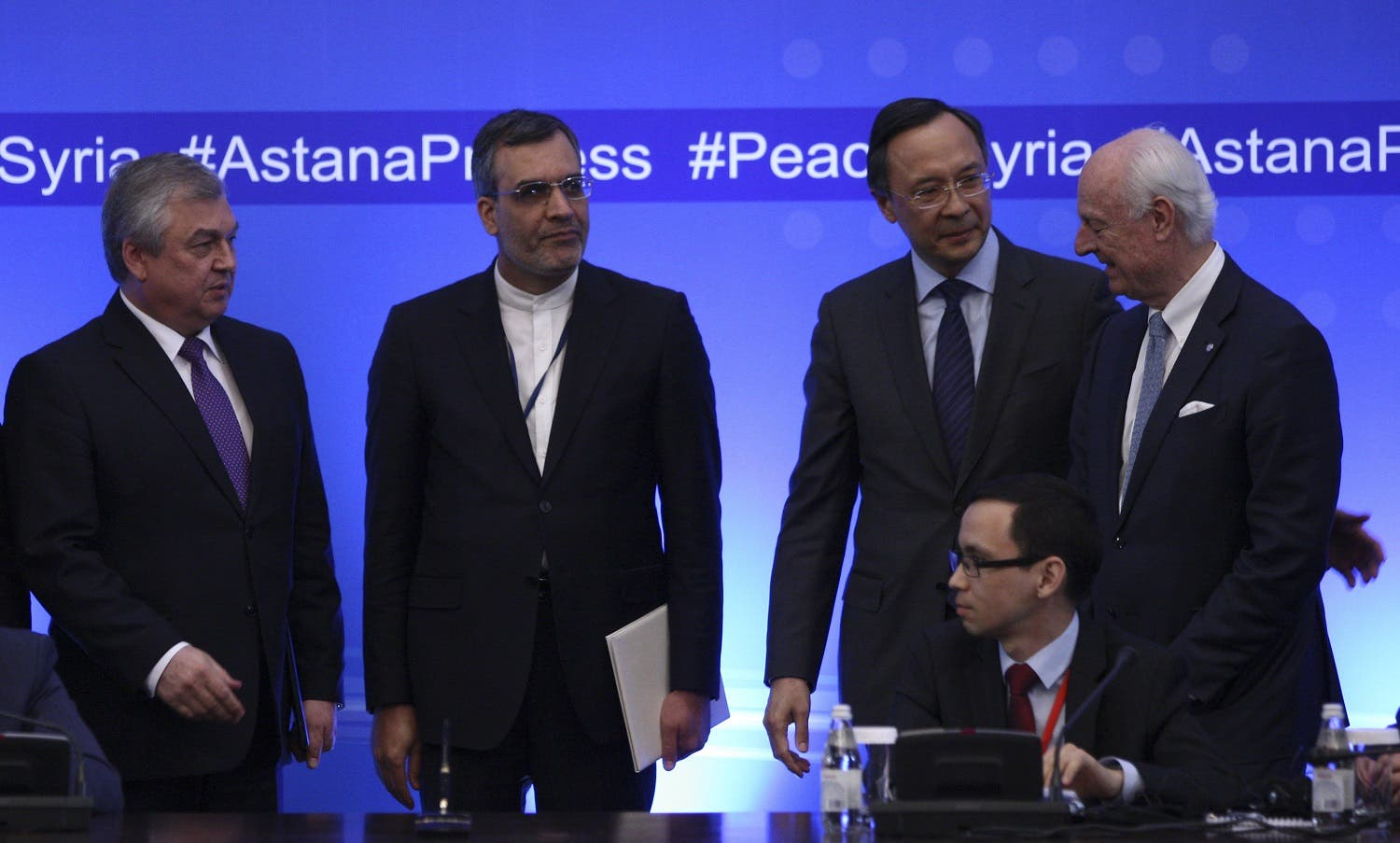 Russian lead negotiator on Syria Alexander Lavrentyev, Iranian Deputy Foreign Minister Hossein Jaberi Ansari, Kazakh Foreign Minister Kairat Abdrakhmanov and U.N. Special Envoy for Syria Staffan de Mistura attend the fourth round of Syria peace talks in Astana, Kazakhstan, May 4, 2017. REUTERS/Mukhtar Kholdorbekov