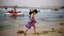 مقتل 4 وإصابة 15 جراء سقوط قذيفة على شاطئ ليبي