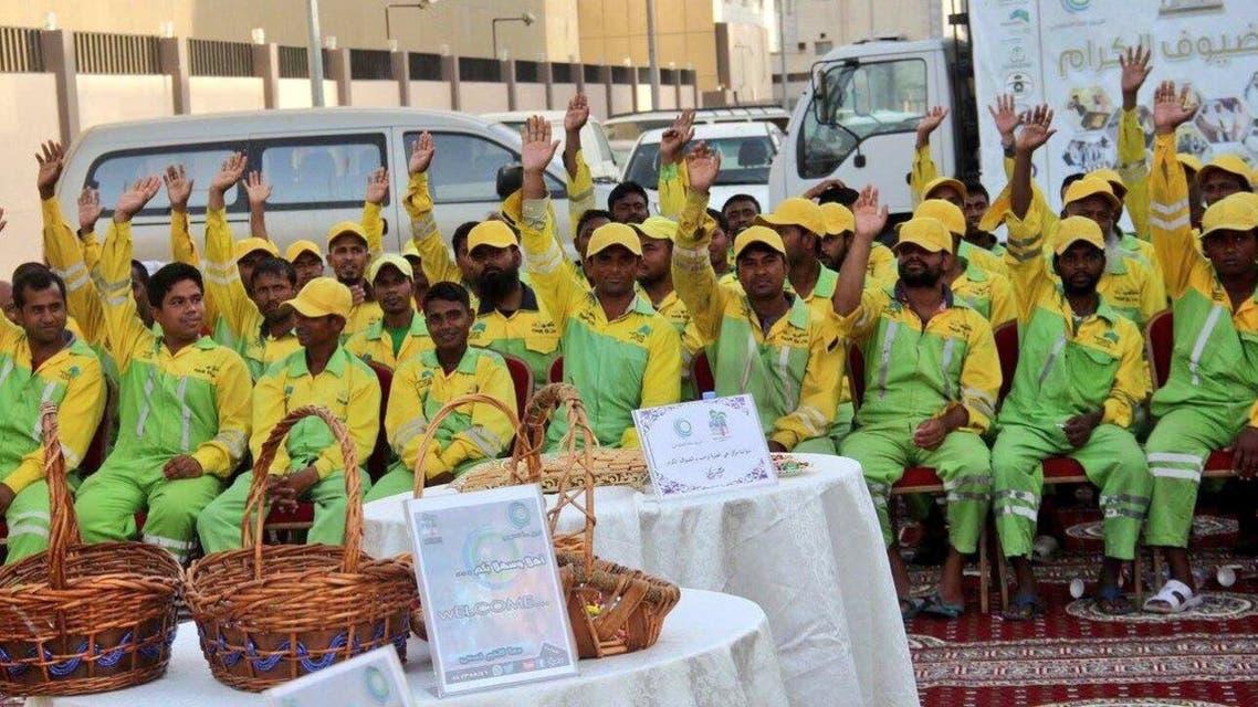 عمال النظافة في مكة