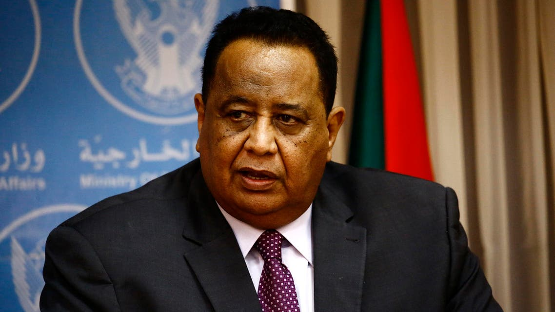 Sudanese Foreign Minister Ibrahim Ghandour speaks during a press conference with his Egyptian counterpart in Khartoum on April 20, 2017.