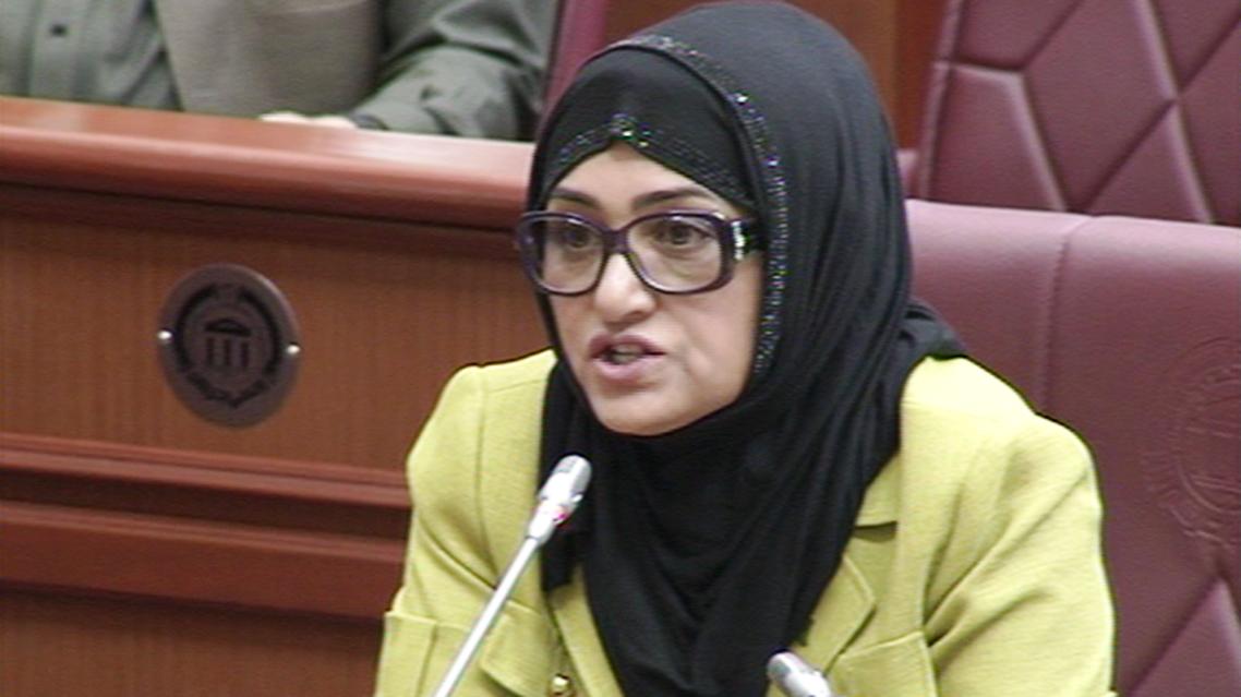 پارلمان افغانستان به فاطمه عزیز نماینده کندز هشدار داد