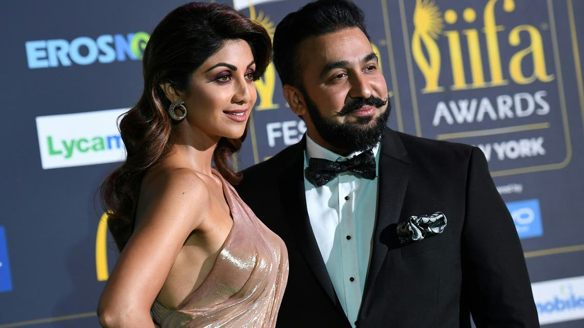 Bollywood Actress Shilpa Shetty arrives with Raj Kundra for the IIFA Awards July 15, 2017 at the MetLife Stadium in East Rutherford, New Jersey during the 18th International Indian Film Academy AFP