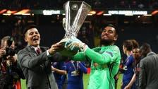 يونايتد يبقي روميرو في صفوفه حتى 2021