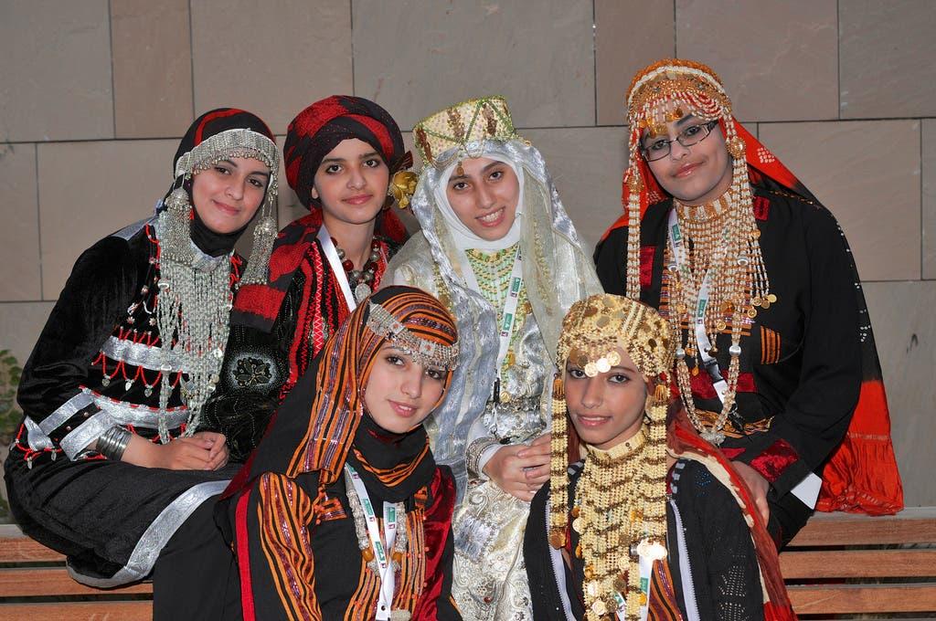 لباس سنتی زنانه یمنیها