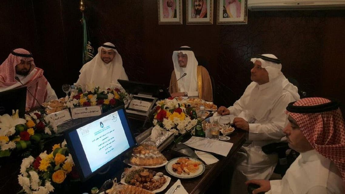 Saudi Minister of Hajj Muhammad Saleh bin Taher Benten in discussions at the headquarters of the National Foundation for pilgrims of Iran. (Supplied)