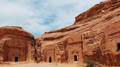 بالصور.. العلا أكبر مدينة أثرية بعدد الواجهات الصخرية