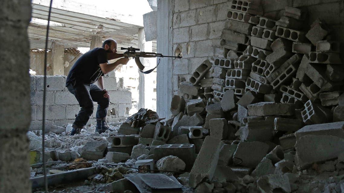 مقاتل من المعارضة في الغوطة الشرقية 17-7-2017