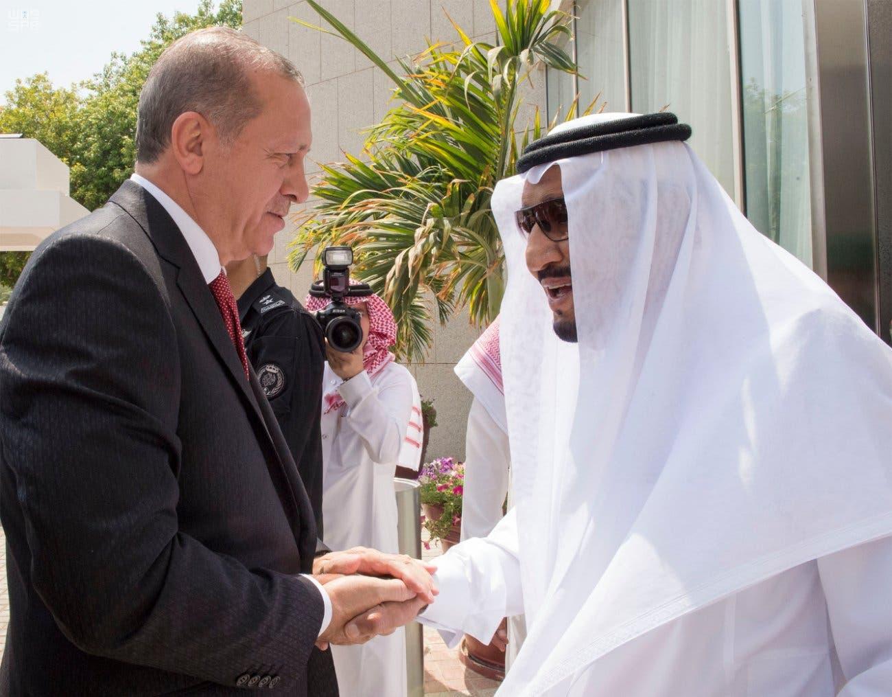Erdogan meets with Saudi King Salman as part of Qatar crisis mediation
