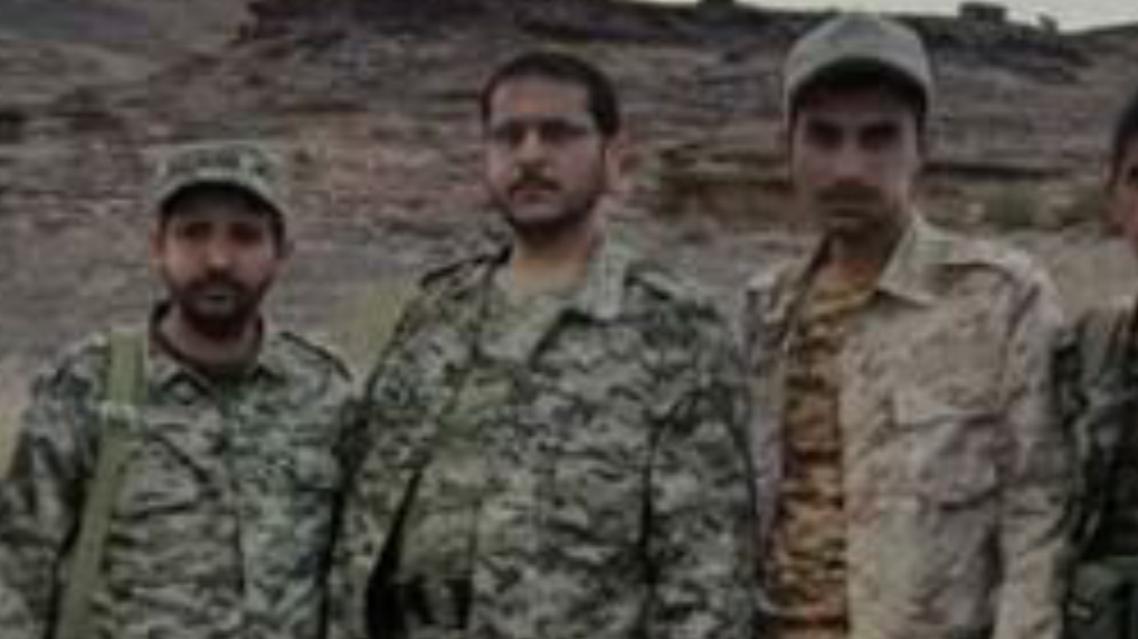 شقيق زعيم الحوثيين (وسط)