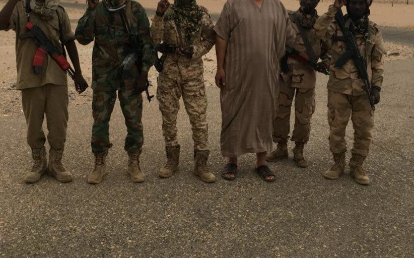 محمد باكير برفقة عدد من المرتزقة الماليين المنتمين لتنظيم القاعدة ببلاد المغرب أثناء محاولة هجومهم على بنغازي فى يوليو 2016